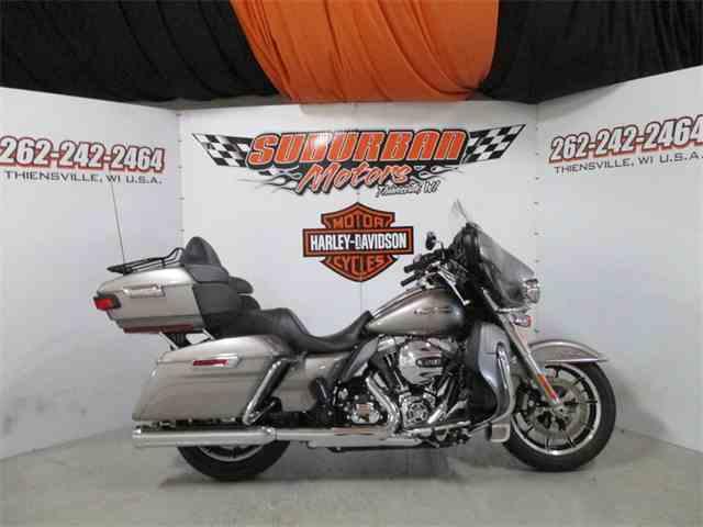 2016 Harley-Davidson® FLHTCUL - Electra Glide® Ultra Classic® Low | 1014485