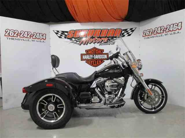 2016 Harley-Davidson® FLRT - Freewheeler®   1014487