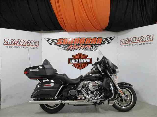 2016 Harley-Davidson® FLHTCU - Electra Glide® Ultra Classic® | 1014497