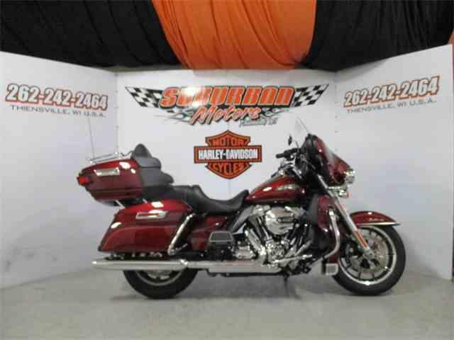 2016 Harley-Davidson® FLHTCU - Electra Glide® Ultra Classic® | 1014498