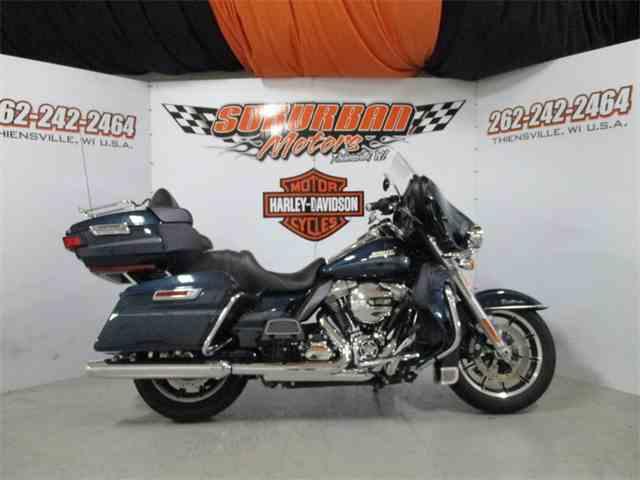 2016 Harley-Davidson® FLHTCU - Electra Glide® Ultra Classic® | 1014509