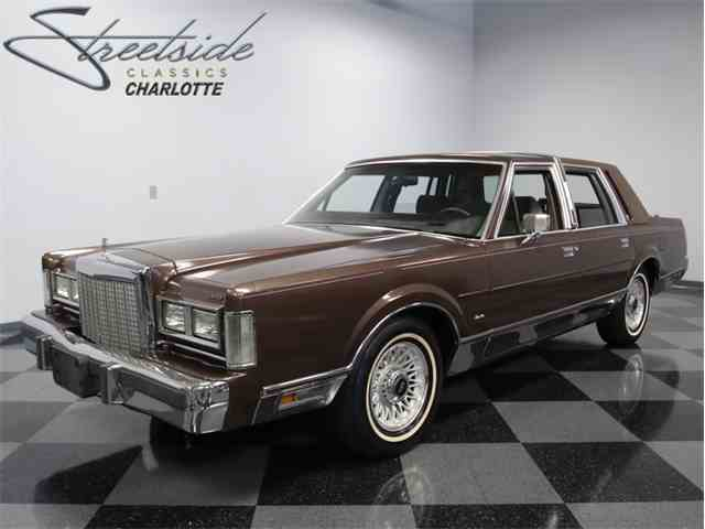 1987 Lincoln Town Car Signature Series | 1014531