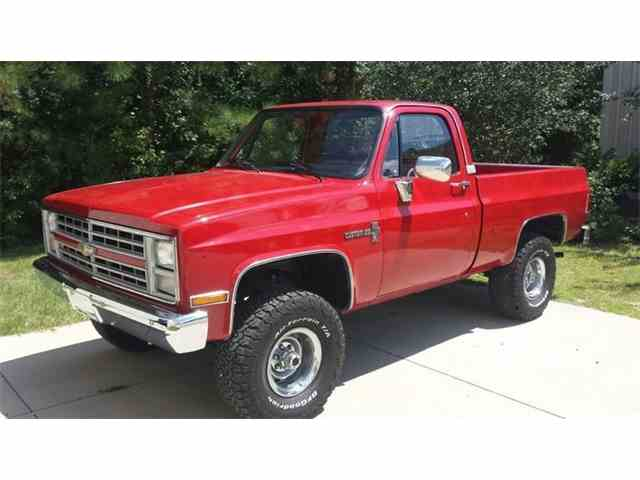 1986 Chevrolet K-10 | 1014563