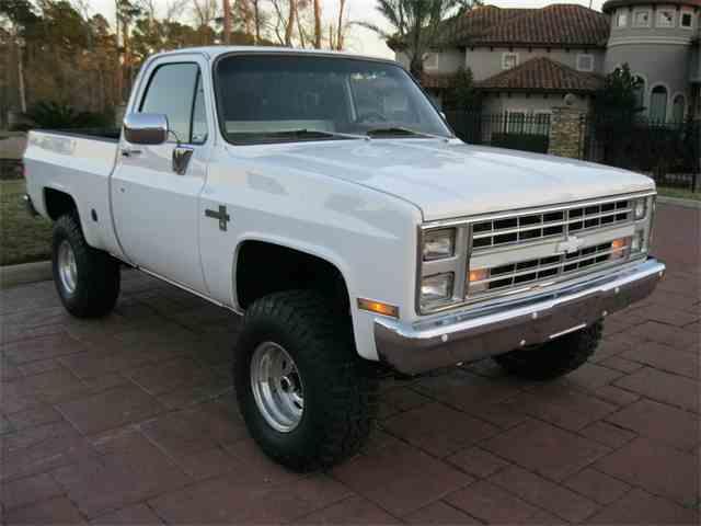 1986 Chevrolet K-10 | 1014618