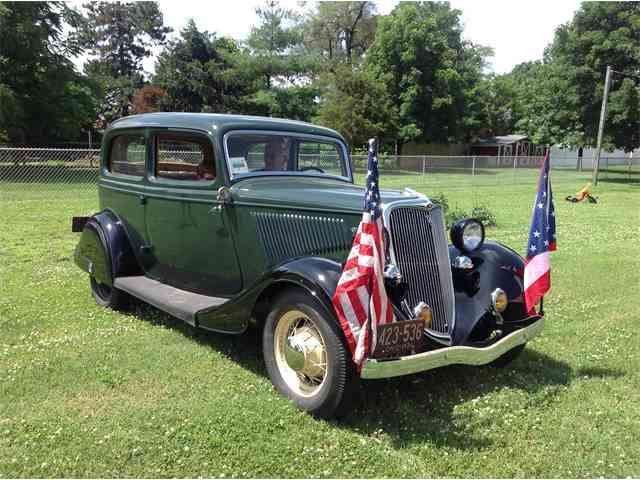 1934 Ford Tudor | 1014782