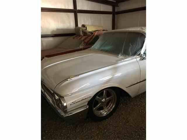 1961 Ford Sunliner | 1014991