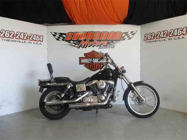 2001 Harley-Davidson® FXDWG - Dyna® Wide Glide® | 1015198