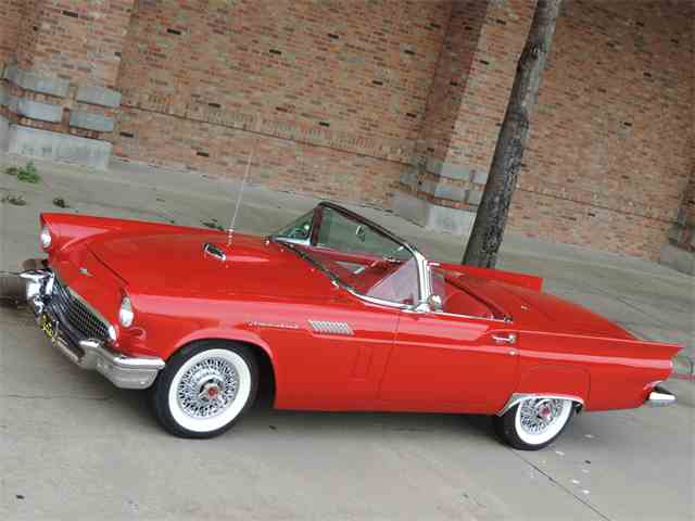 1957 Ford Thunderbird | 1015390