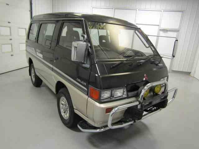 1989 Mitsubishi Delica | 1015439