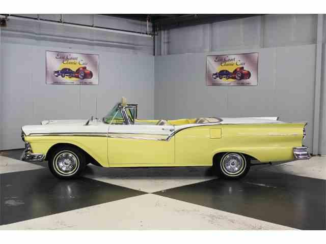 1957 Ford Fairlane 500 | 1015698