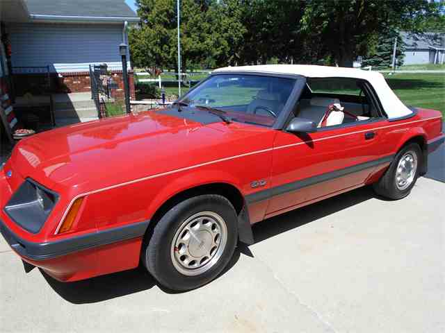 1985 Ford Mustang | 1015715