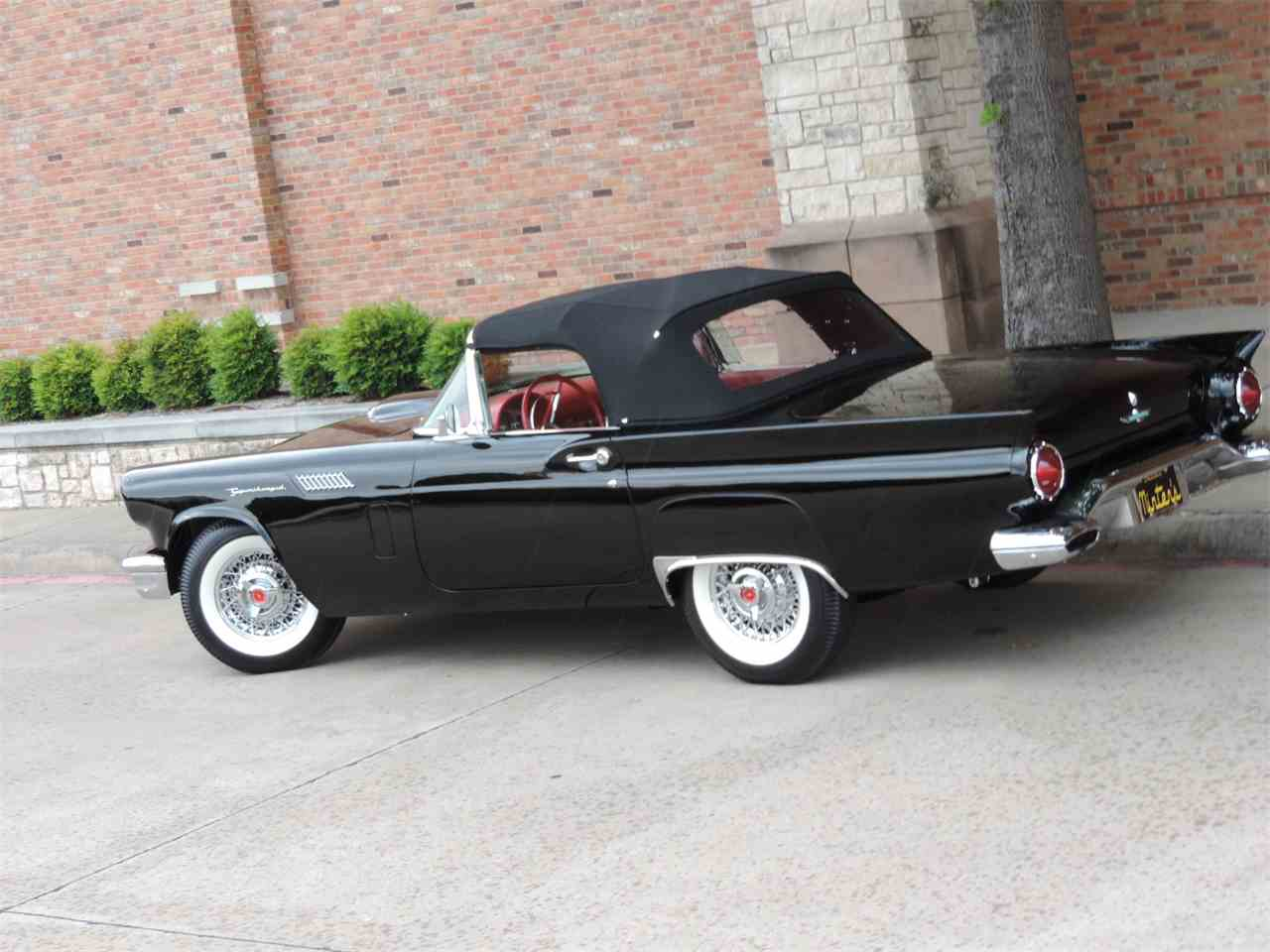 Large Picture of '57 Thunderbird - LRR3