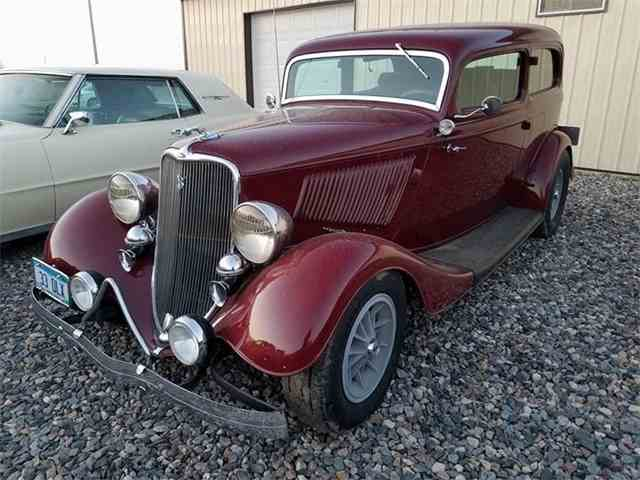 1933 Ford Deluxe | 1015771