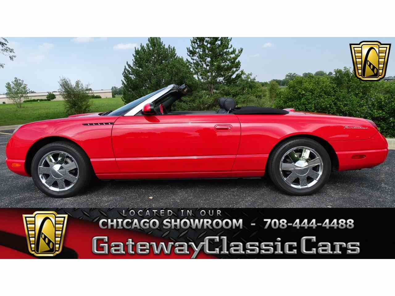 Large Picture of 2002 Ford Thunderbird located in Illinois - LRV2