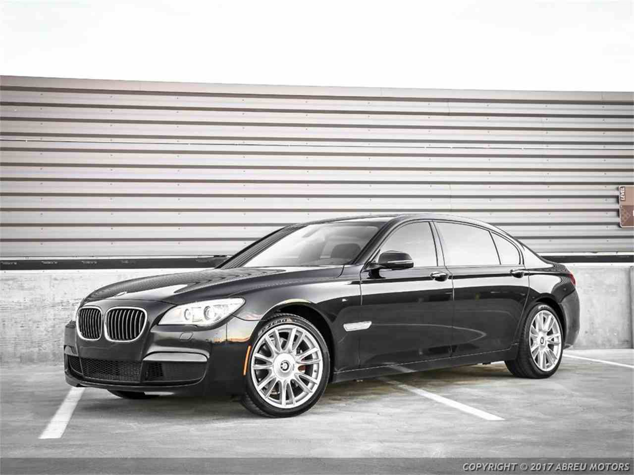 Large Picture of '15 BMW 740 located in Indiana Offered by Abreu Motors - LRYD