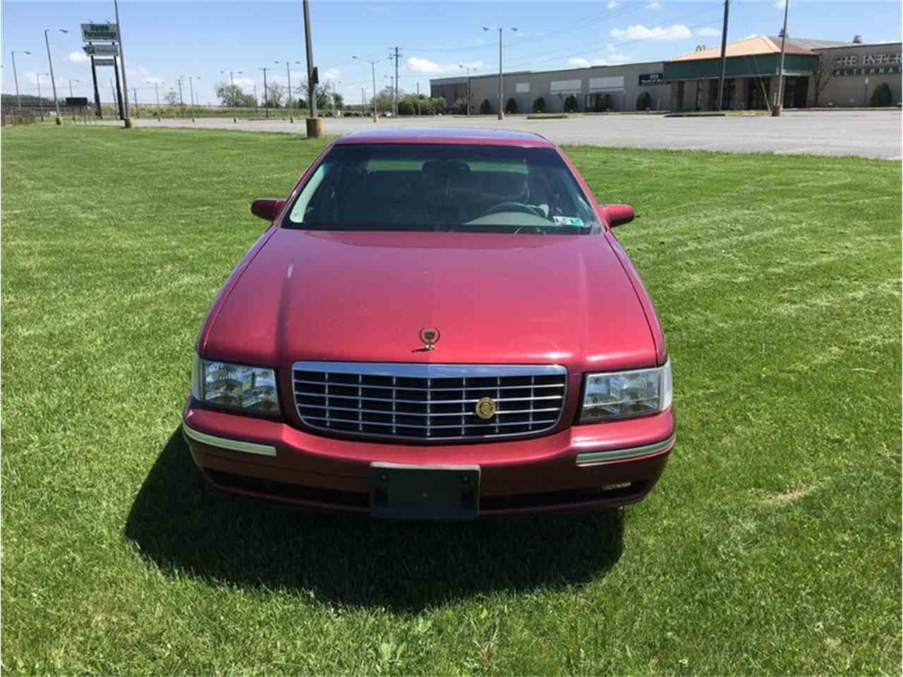 Large Picture of 1998 Cadillac 4-Dr Sedan - $7,995.00 - LS0Q