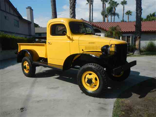 1942 Dodge Power Wagon | 1016183