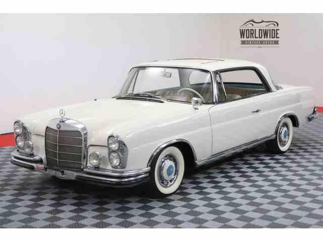 1963 Mercedes-Benz 220SE | 1010625