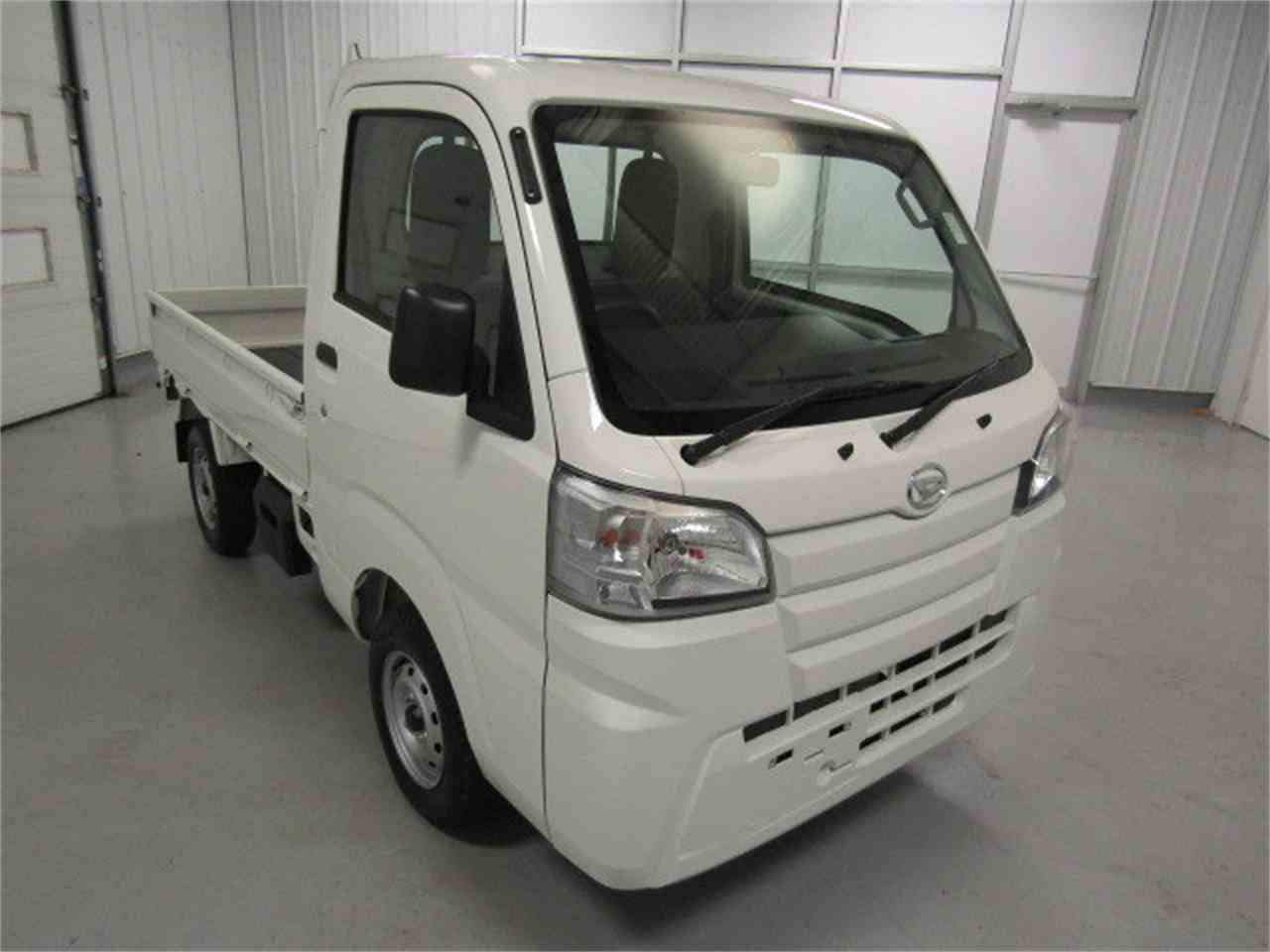 Large Picture of '16 Daihatsu HiJet - LS58