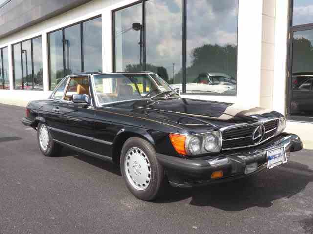 1989 Mercedes-Benz 560 | 1016355