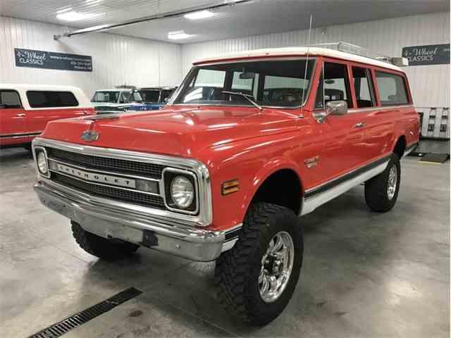 1969 Chevrolet Suburban | 1016376