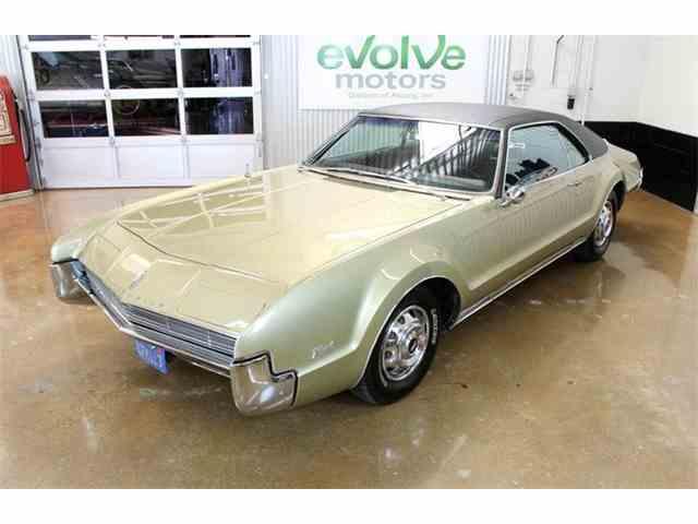 1967 Oldsmobile Toronado | 1016408