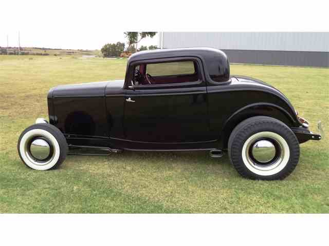 1932 Ford 3 Window | 1016513