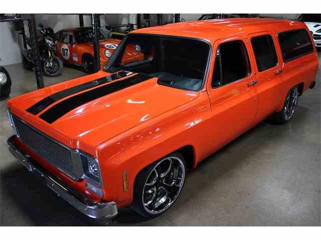 1973 Chevrolet Suburban   1016567