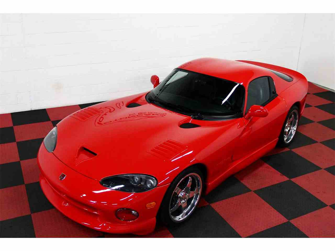 Large Picture of '98 Viper located in Algonquin Illinois Offered by a Private Seller - LSFT