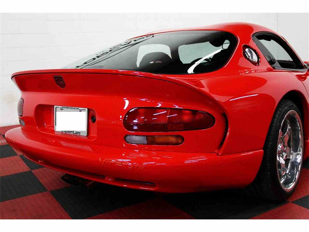 Large Picture of 1998 Dodge Viper located in Illinois - $49,000.00 Offered by a Private Seller - LSFT