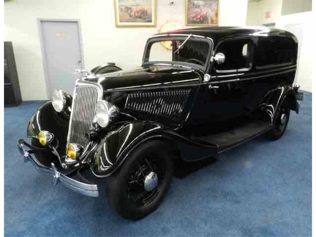 1934 Ford V8 | 1016891
