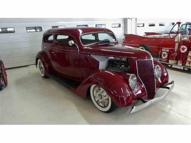 1936 Ford Sedan | 1016974