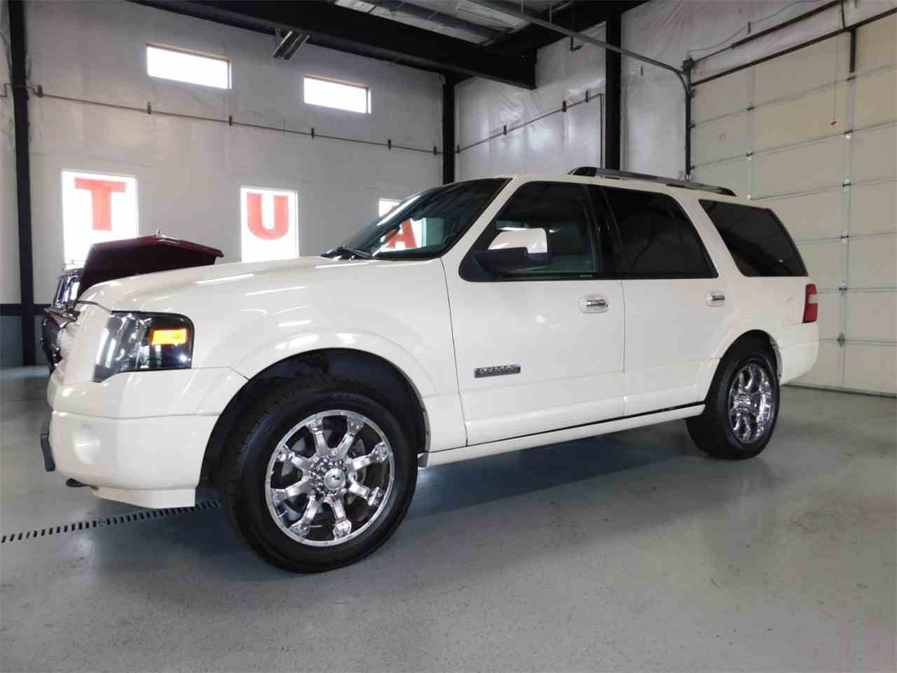 Large Picture of '08 Ford Expedition located in Bend Oregon - $13,995.00 Offered by Bend Park And Sell - LSQ7