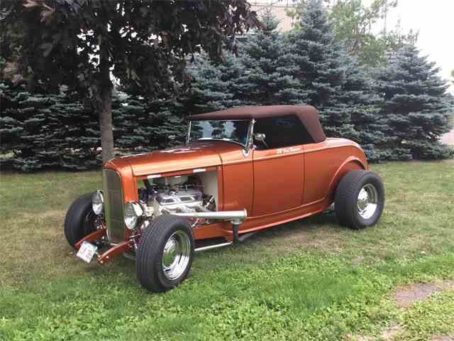 1932 Ford Roadster | 1017016