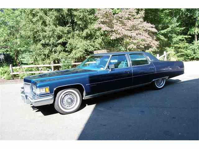 1976 Cadillac Fleetwood Brougham | 1017163