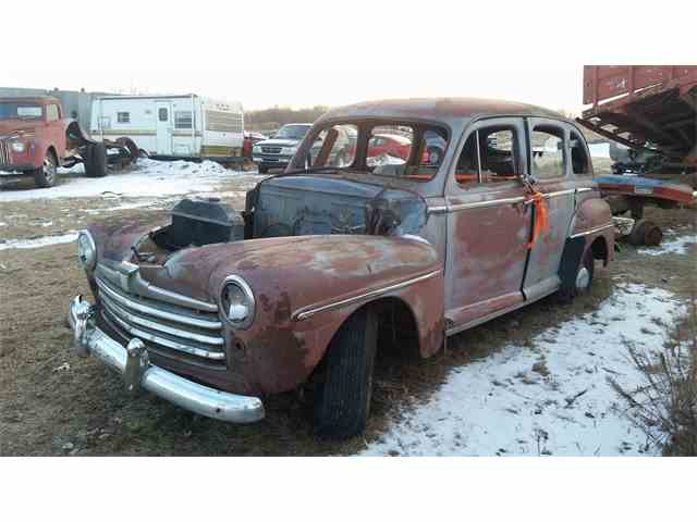 1947 Ford Deluxe | 1017196