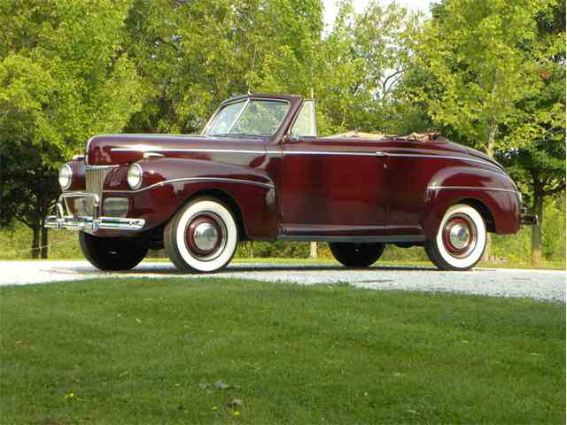 1941 Ford Super Deluxe Convertible Coupe | 1017227
