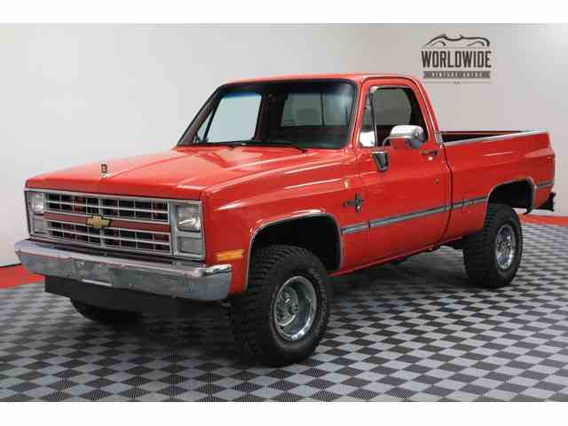 1986 Chevrolet K-10 | 1010732