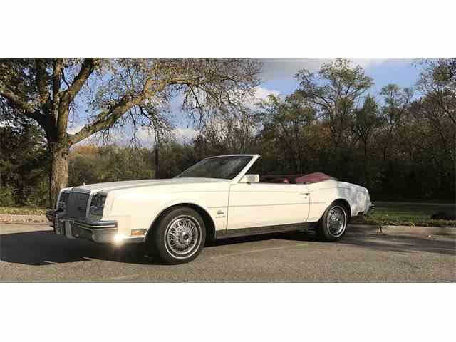 1982 Buick Riviera | 1017574