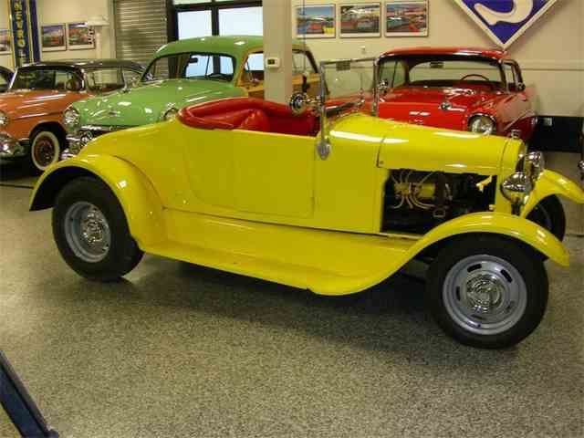 1927 Ford Model T   1018181