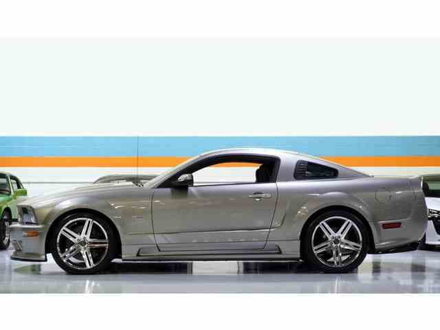 2008 Ford Mustang (Saleen)   1018348