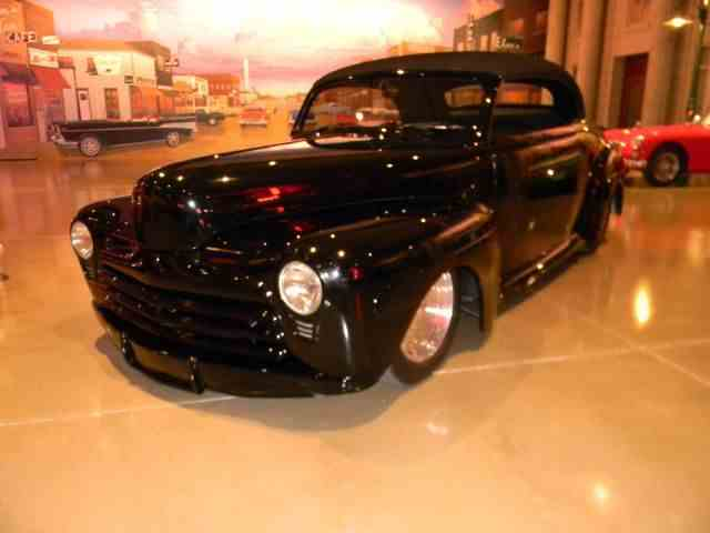 1948 Ford Hot Rod | 1018487