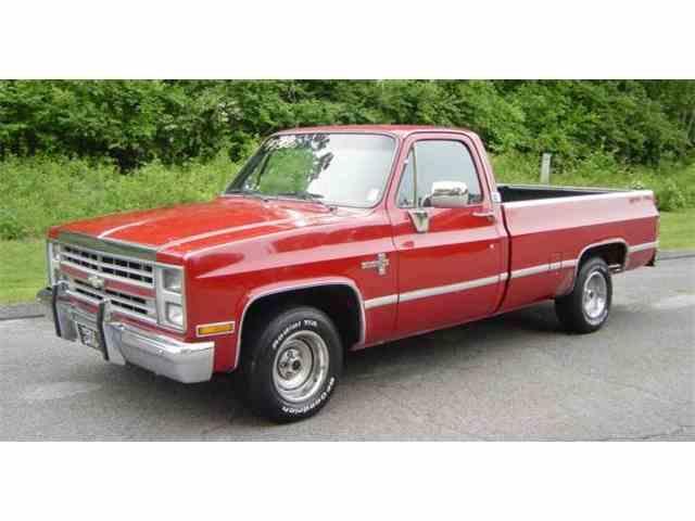 1986 Chevrolet C10 | 1018570