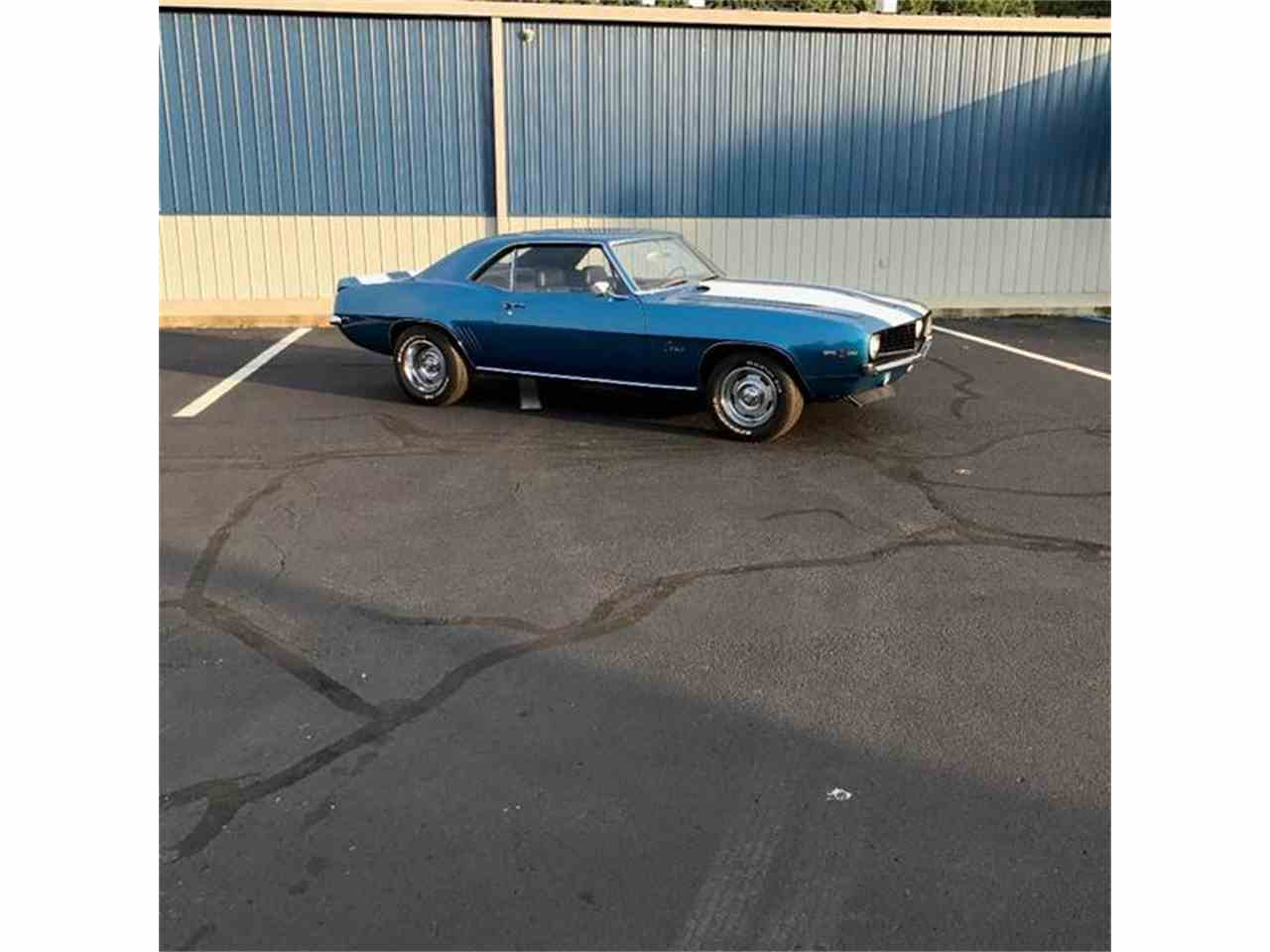Large Picture of '69 Camaro - LTY5