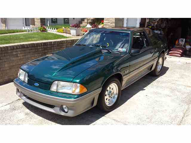 1992 Ford Mustang GT | 1018620