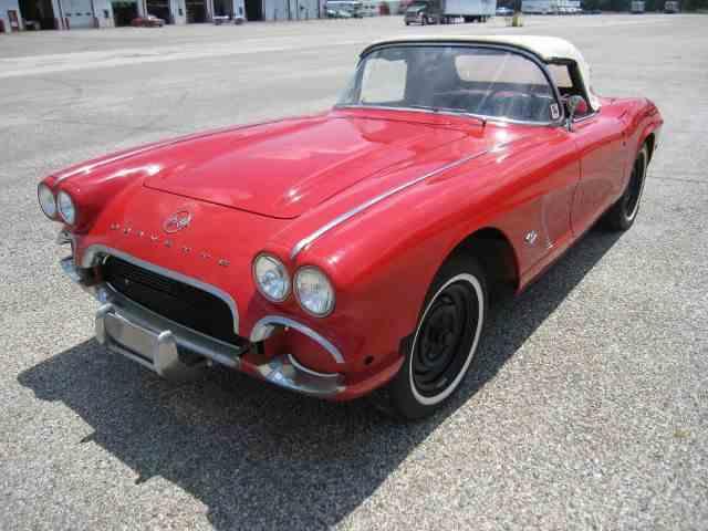 1961 Chevrolet Corvette | 1010873