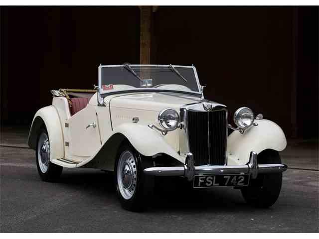 1952 MG TD Sports Convertible   1018740