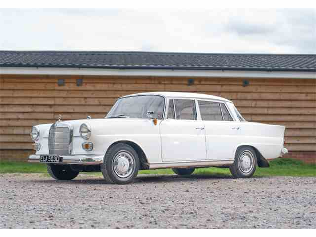 1965 Mercedes-Benz 190c Fintail | 1018793