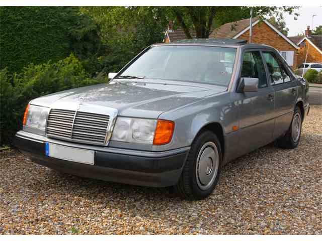 1991 Mercedes-Benz 230 E | 1018811