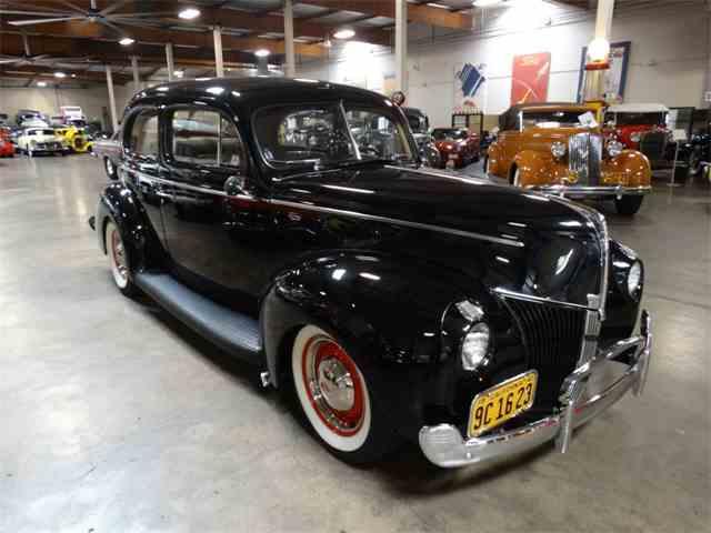 1940 Ford Tudor | 1018892